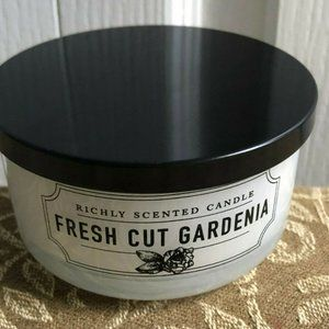 DW Home FRESH CUT GARDENIA